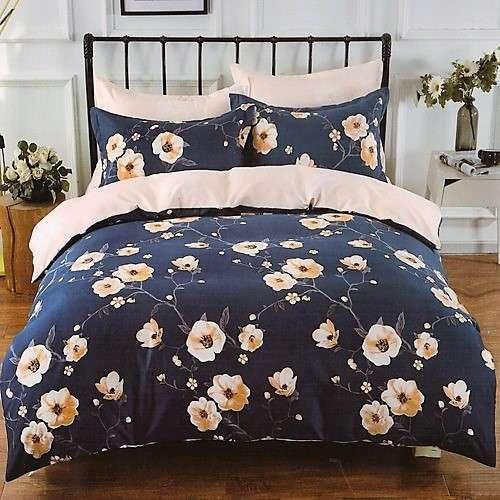 bézs és krém alapon virágok ágyneműhuzat