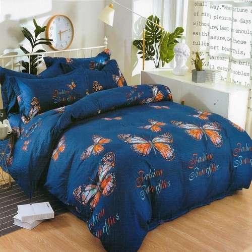 kék színben színes pillangók krepp ágyneműhuzat