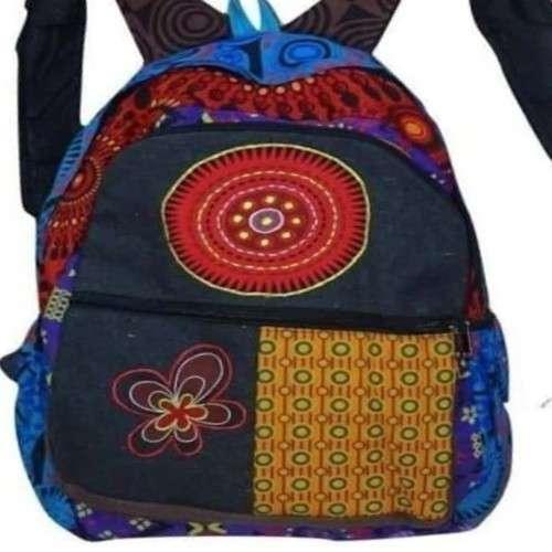színes virág és mandala mintás hátizsák