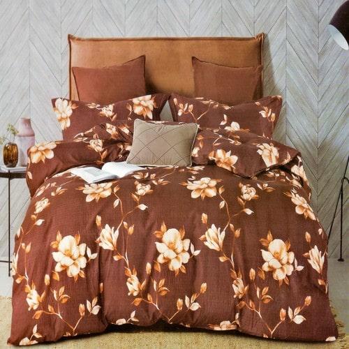 krepp ágyneműhuzat barna színben virág minta