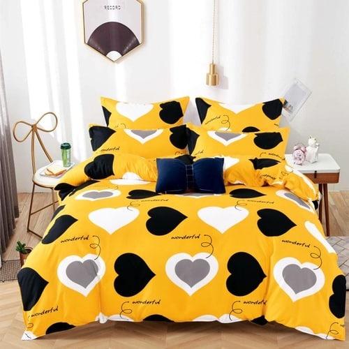 sárga színben színes szív mintás ágyneműhuzat