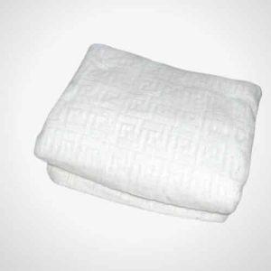 fehér színben puha pléd mintás takaró