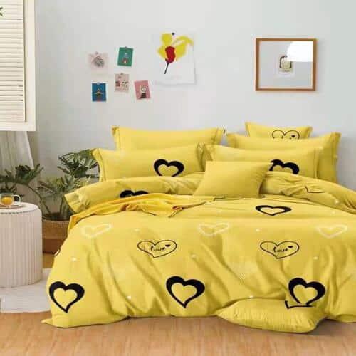 sárga színben fekete szív pamut ágynemű