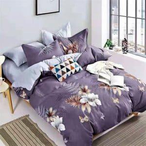 Lila alapon nagy virágok pamut ágynemű
