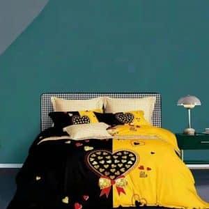 fekete sárga színben szív minta ágyneműhuzat