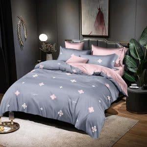 kék rózsaszín pamut ágynemű virágokkal
